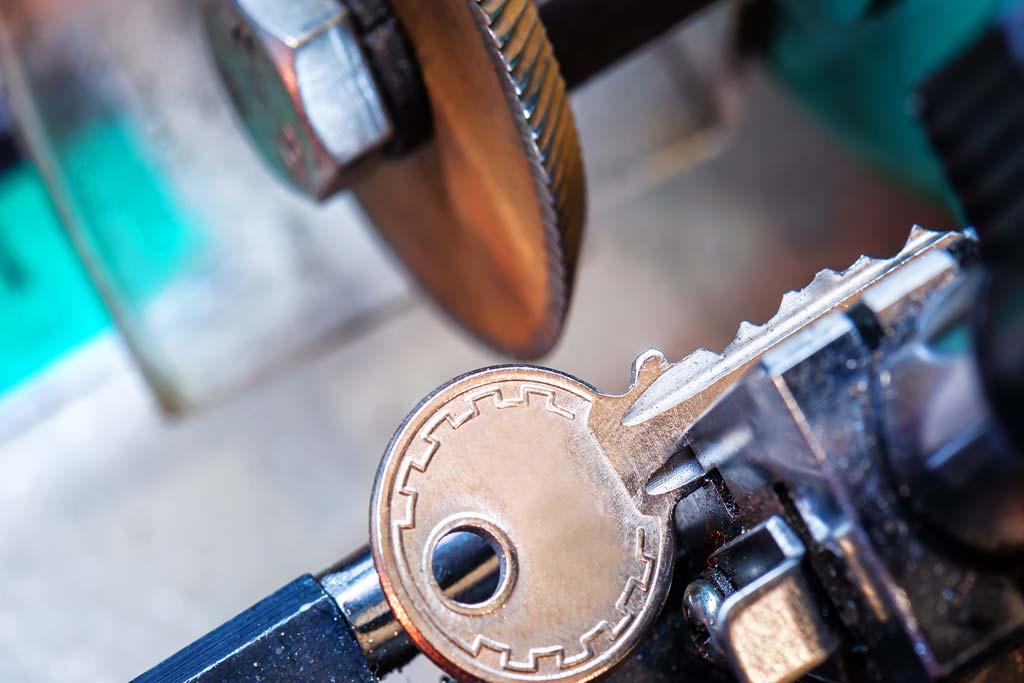 office-ny-home-locksmith-house-locks-oceanside-lockout-lock-automobile-automotive-nassau-county-car-new-york-key-local-auto